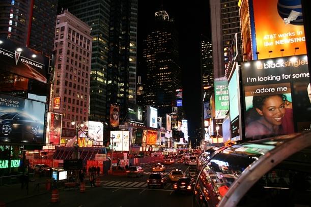 """New York by night - az éjszakai város kihagyhatatlan élmény! A """"New York All Loops"""" városnézésünknek ez is része."""