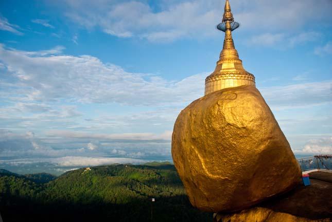 Visiting the Golden Rock, Kyaiktiyo, Myanmar