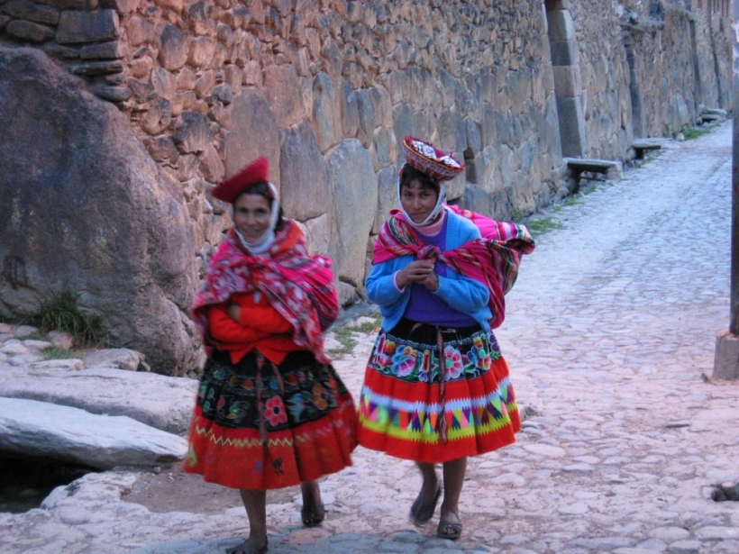 Vidám színek - Ollantaytambo asszonyai